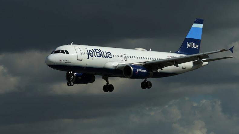 JetBlue kicks family off Las Vegas flight 'because of birthday cake' (VIDEO)