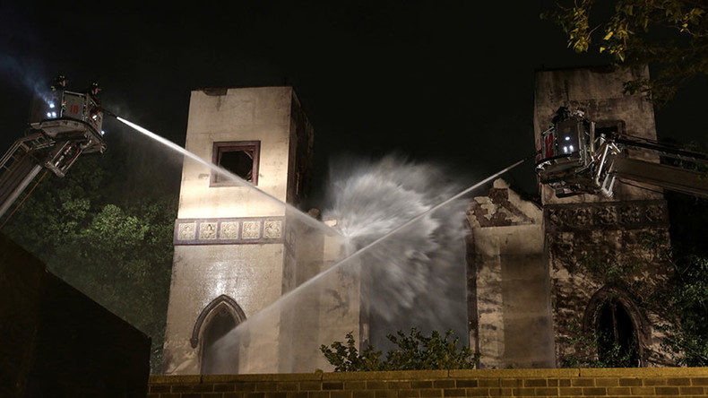 Fire that destroyed historic New York synagogue 'suspicious' – police