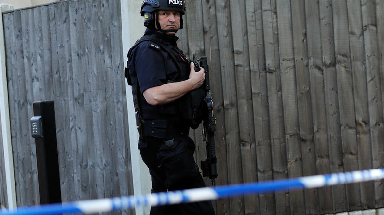 Footage of anti-terrorist police raid on Manchester bomber's house surfaces online (VIDEO)