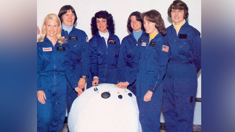 NASA expected 1970s astronauts to crawl inside 'beach ball' escape pod (PHOTOS)