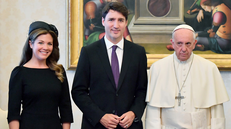 Miserable Pope Francis looks unimpressed in Vatican meeting with Trudeau (PHOTO)
