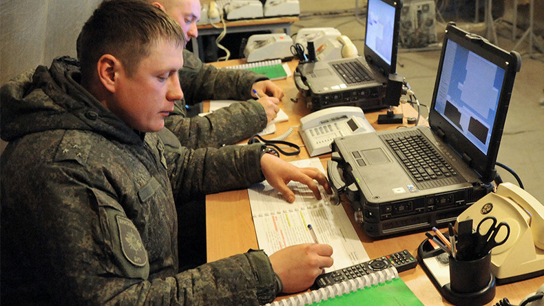 Defense Ministry seeks tougher control over servicemen's internet activity
