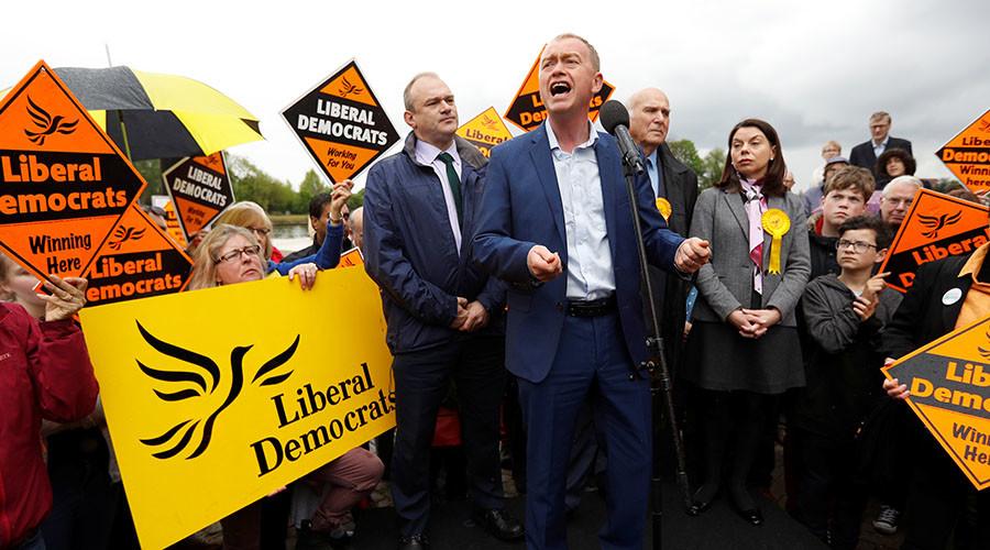 Pro-Brexit voter rails against Lib Dem leader on campaign trail (VIDEO)