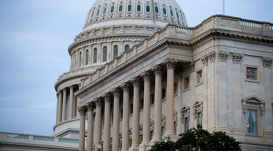 House narrowly passes Obamacare repeal-and-replace bill