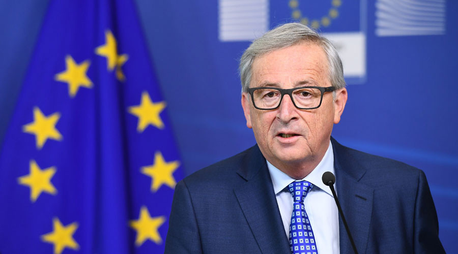 EU's Juncker says he'll stop 'speaking English' because it's losing importance
