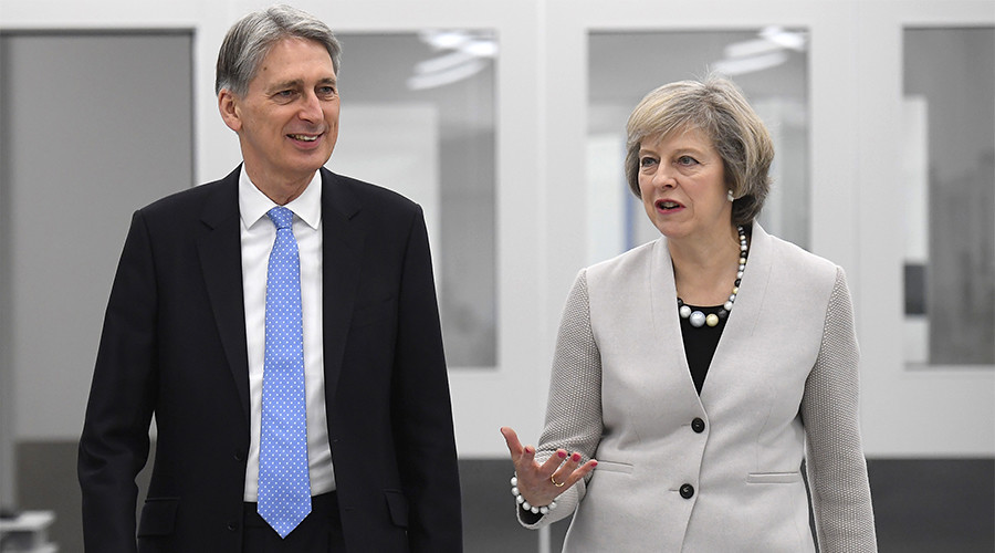 Cabinet rift? Cracks reported at top of Tory govt as poll lead over Labour narrows