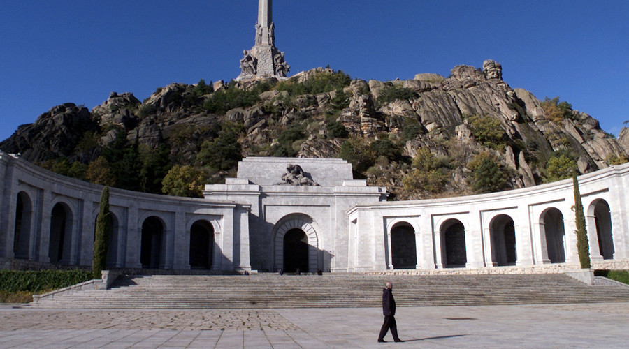 Spanish lawmakers vote to remove remains of fascist dictator Franco from the 'Valley of the Fallen'