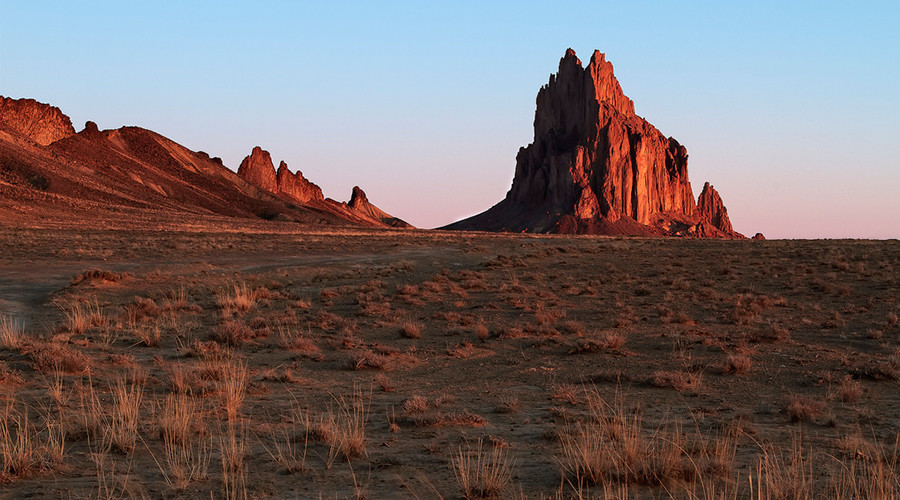 Mars or New Mexico? Razor-like vertical rock formations are eerily similar to Earth's (PHOTOS)