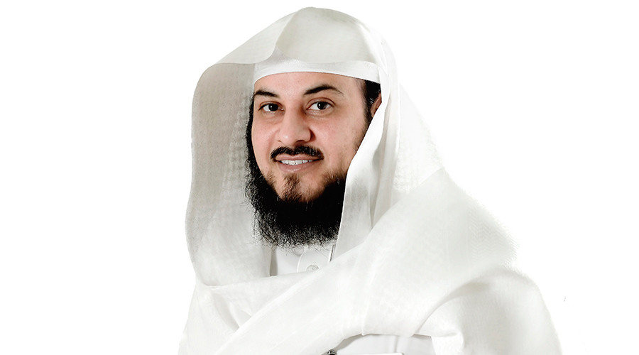 Saudi cleric calls on FIFA to ban sign of cross, Twitter fires back immediately