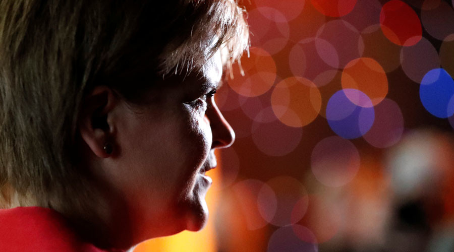Sturgeon suggests 'phased' return to EU for independent Scotland after Brexit