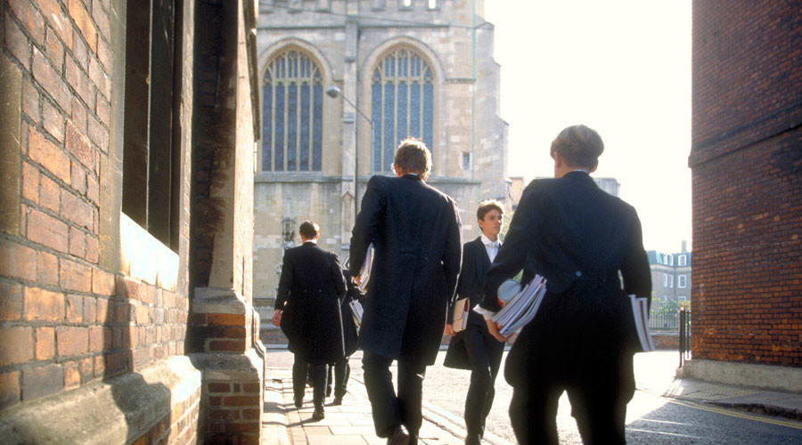 Boys in skirts: London private school to make uniforms gender-neutral