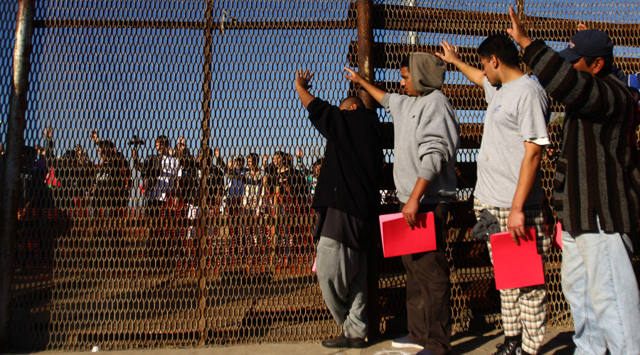 Obama's deportations broke up US families, expelled people with no criminal record – HRW