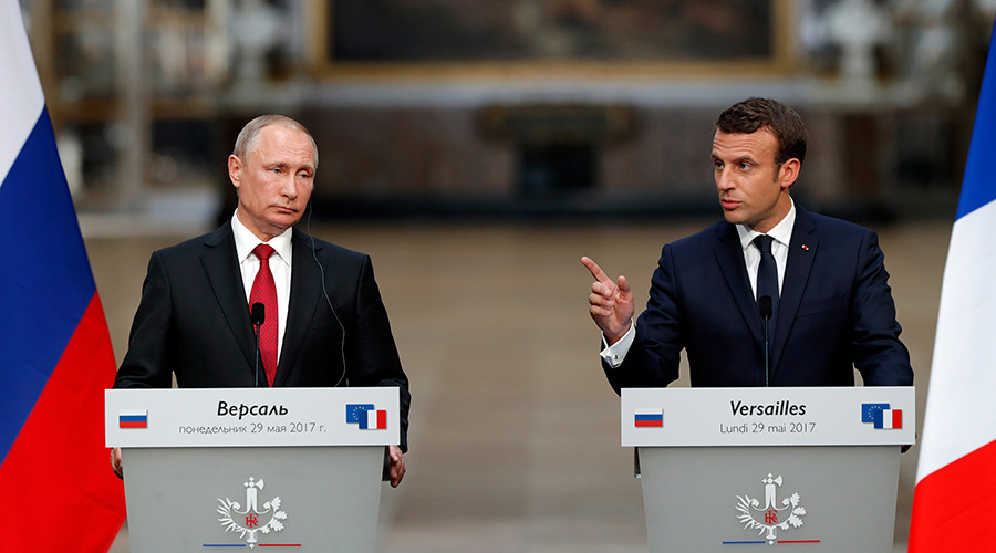 Putin, Macron have 'open, frank exchange of opinions,' discuss differences & common ground