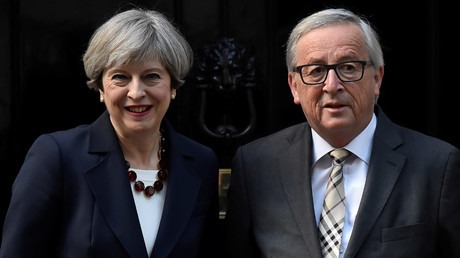 Britain's Prime Minister Theresa May and European Commission President Jean-Claude Juncker © Hannah Mckay