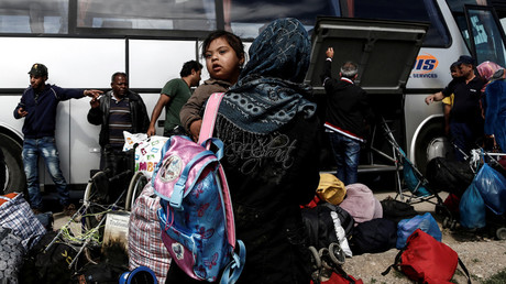 East Europeans resentful about taking in Syrian refugees, Muslims less so – poll