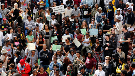 FILE PHOTO: Students take part in a protest at South Africa's Stellenbosch University in Stellenbosch © Mike Hutchings