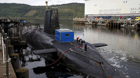 A nuclear submarine is seen at the Royal Navy's submarine base at Faslane, Scotland © Russell Cheyne