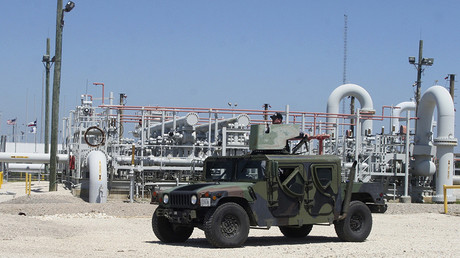 Private security contractors patrol the US Department of Energy's Strategic Petroleum Reserve in Bryan Mound, Texas © Donna Carson