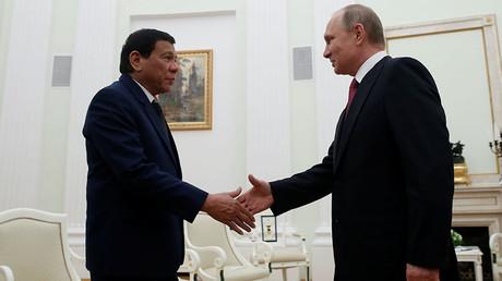 Russian President Vladimir Putin and  Philippine President Duterte, Moscow, May 23, 2017. © Maxim Shemetov