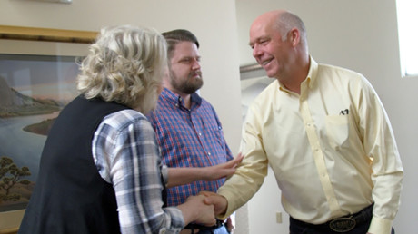 Montana Republican congressional candidate Greg Gianforte greets voters, U.S. May 24, 2017. © Justin Mitchel