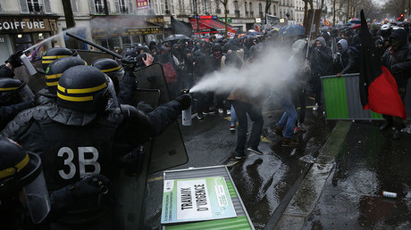 French CRS riot police use tear gas against French high school and university students, Paris March 31, 2016. © Benoit Tessier