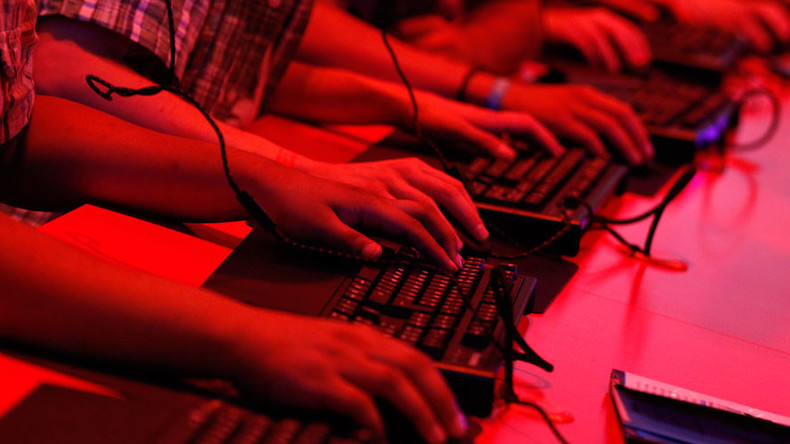 Russia doesn't cry 'Washington hackers' despite daily attacks from US territory – Kremlin