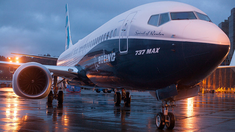 Iran signs final contract to buy 30 Boeing 737 planes