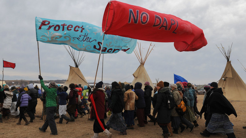Federal judge strikes down Dakota Access Pipeline permits, orders re-assessment of risks