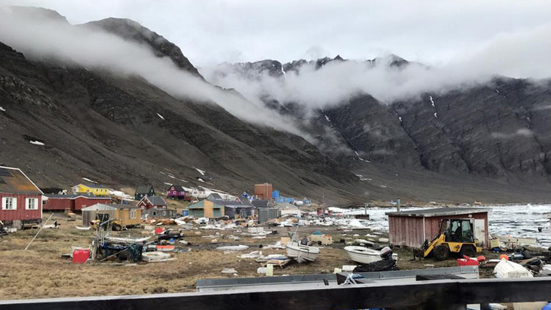 Earthquake & tsunami cause major flooding in Greenland (VIDEO)