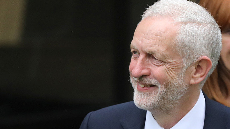 Jeremy Corbyn would be better PM than Theresa May, poll finds