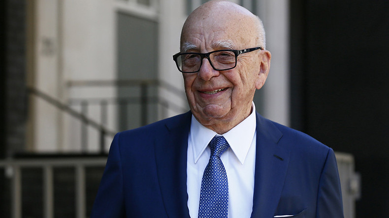 Corbyn supporter calls Rupert Murdoch a c**t to his face
