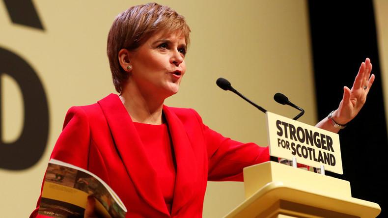 Sturgeon drops plans for 2nd Scottish independence referendum until after Brexit deal