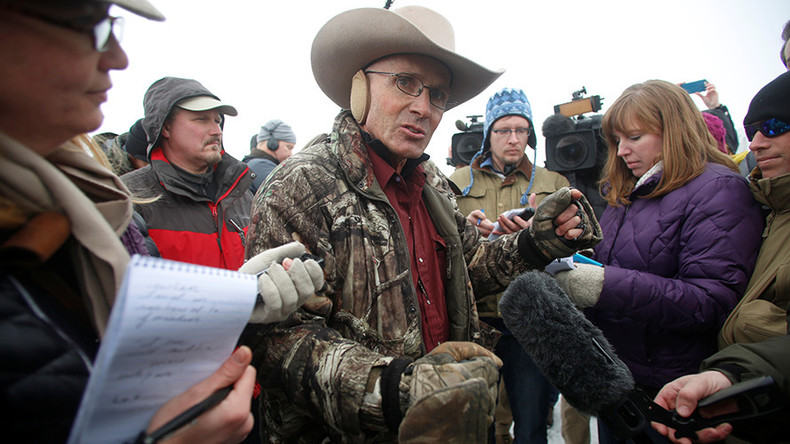 Indicted FBI agent pleads not guilty to cover-up of fatal shooting of Oregon militia's LaVoy Finicum