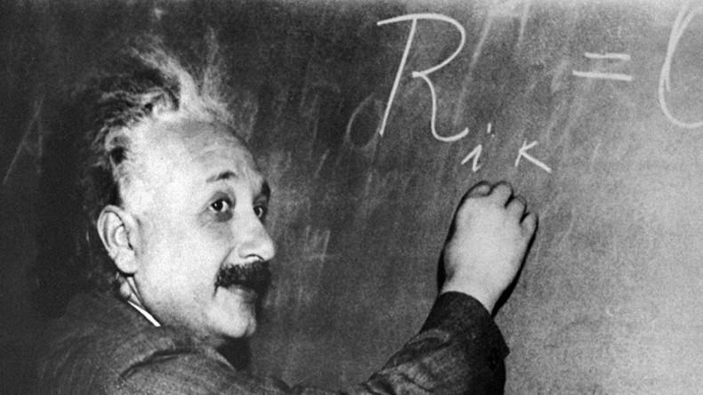 11yo British boy has a higher IQ than Albert Einstein & Stephen Hawking