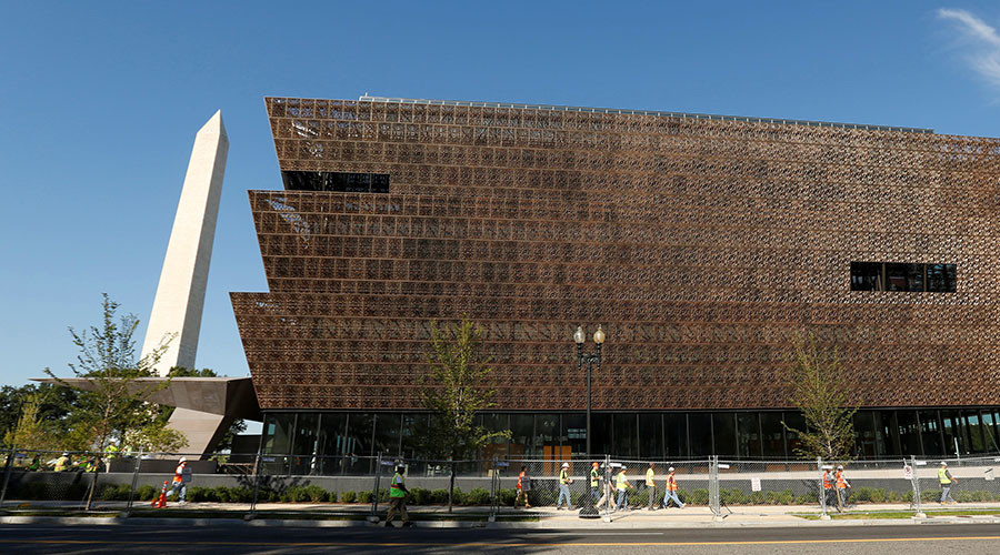 Hate on display: Noose found in DC African American museum & N-word scrawled on celebrity LA home