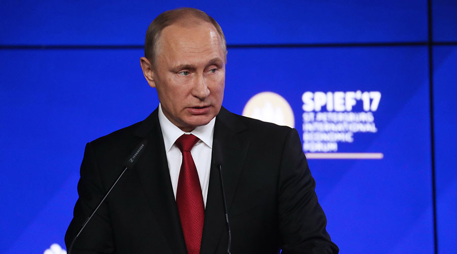 Putin calls on American business to help restore dialogue between US and Russia