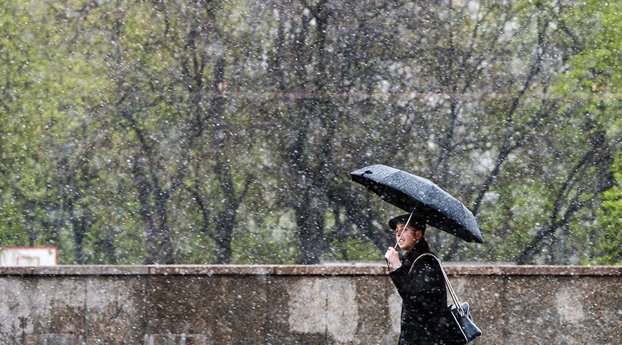 June snow in Moscow – just as Trump pulls US out of Paris climate deal (PHOTOS, VIDEOS)