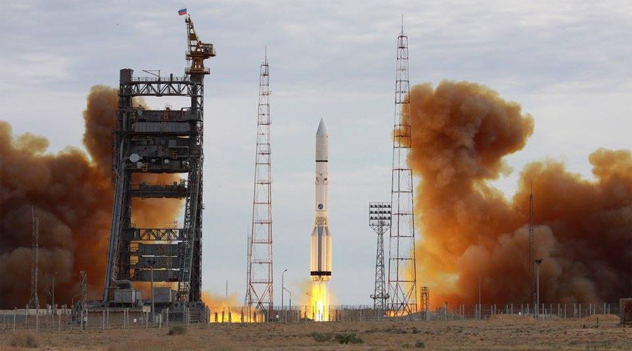 Russian Proton-M rocket takes US satellite into orbit (VIDEO)