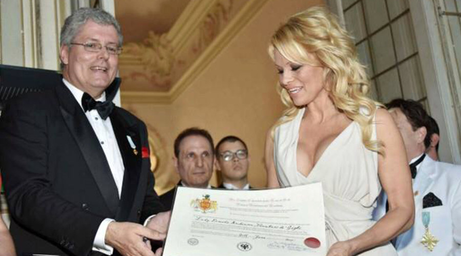 Police unmask 'fake prince fraudster' who fooled rich, famous & Pamela Anderson