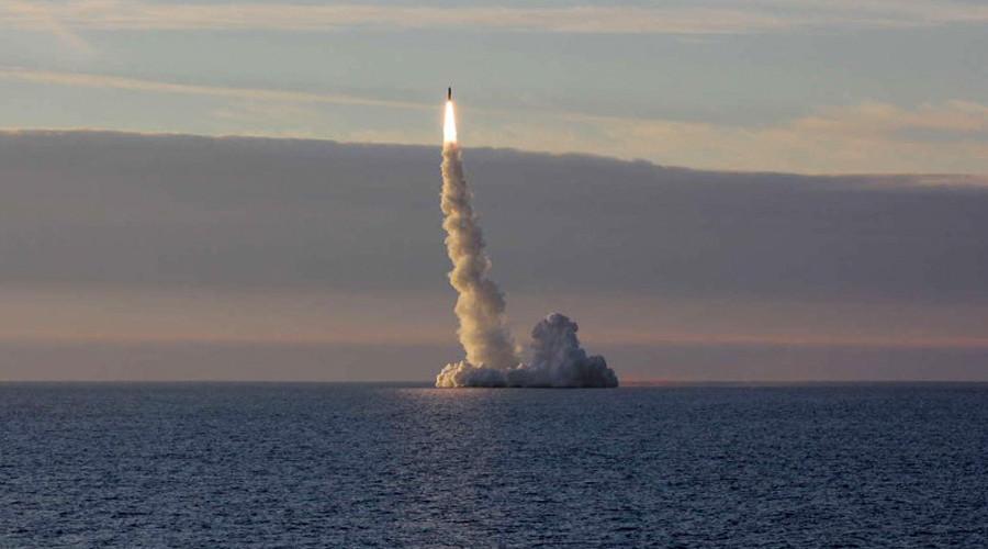 Russian sub test-fires ICBM across Eurasia
