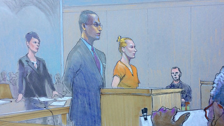 Reality Winner (C) is shown in this courtroom sketch during her hearing at the US District Courthouse in Augusta, Georgia, June 8, 2017 ©  Richard Miller