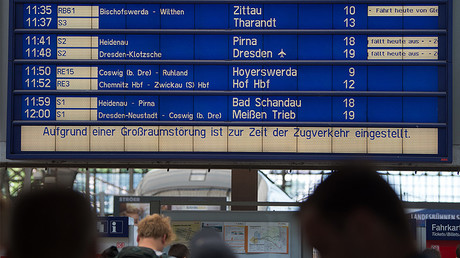 A departure board at the main train station in Dresden, eastern Germany, shows delays in traffic on June 19, 2017. ©