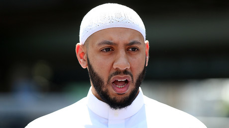 Imam praised for saving life of suspect in London mosque attack