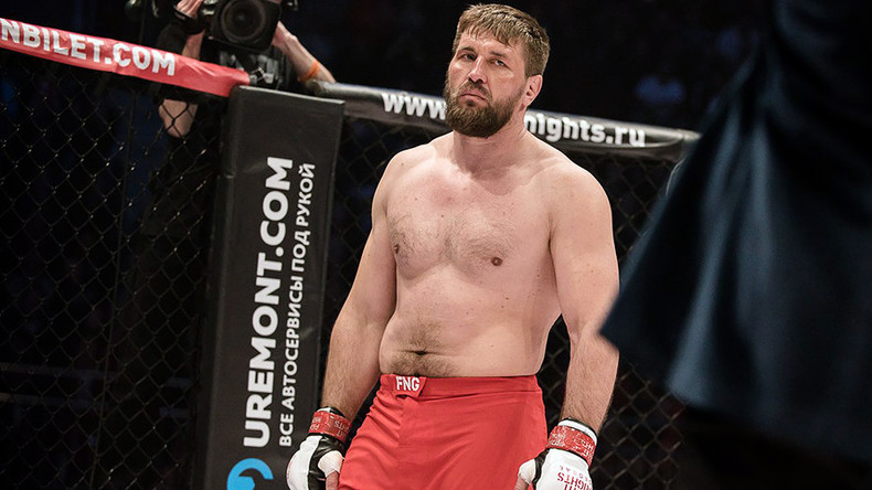 'Mitrione is talking about fighting Miocic, but the only Bellator HW champ is me' - Vitaly Minakov