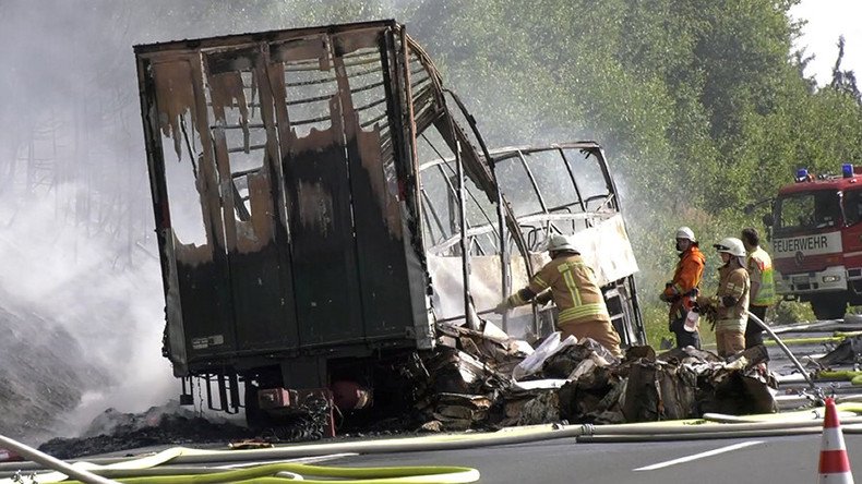 18 dead, over 30 injured as bus bursts into flames after crash in Bavaria, Germany (VIDEO)