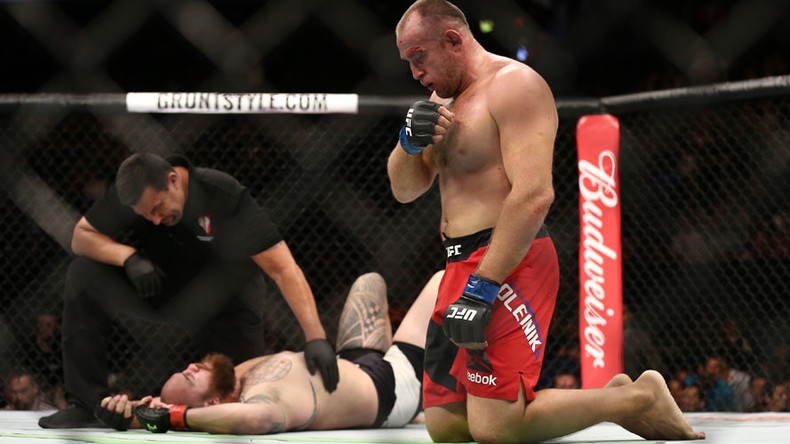 Oleynik does it again: Russian MMA veteran wins with unusual choke at UFC 213 (VIDEO)