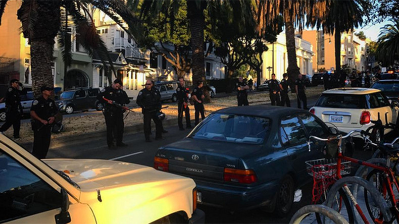 Skateboarders clash with San Fran police after rider bodychecked into squad car (VIDEO & PHOTOS)