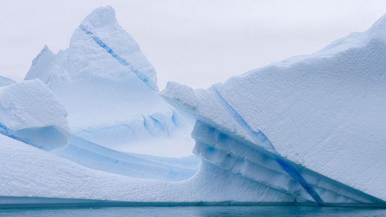 1 trillion ton iceberg breaks free from Antarctica (PHOTOS, VIDEOS)