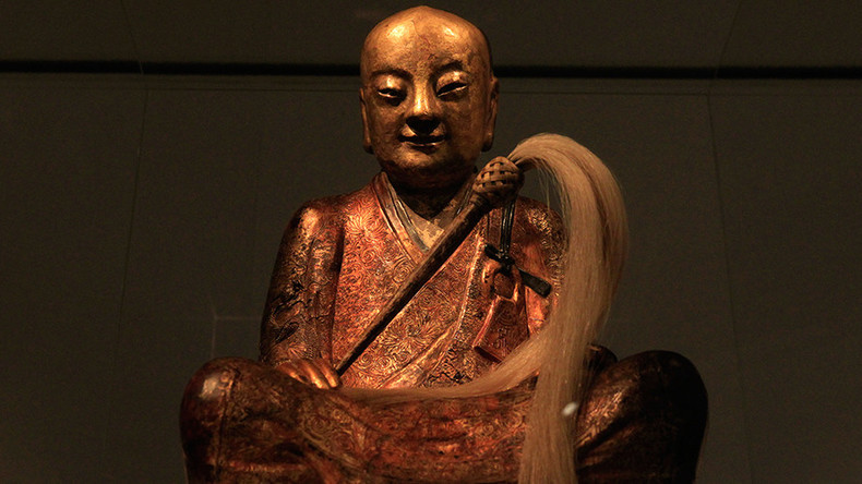 Chinese villagers fight for return of 'stolen' 1,000yo mummified monk