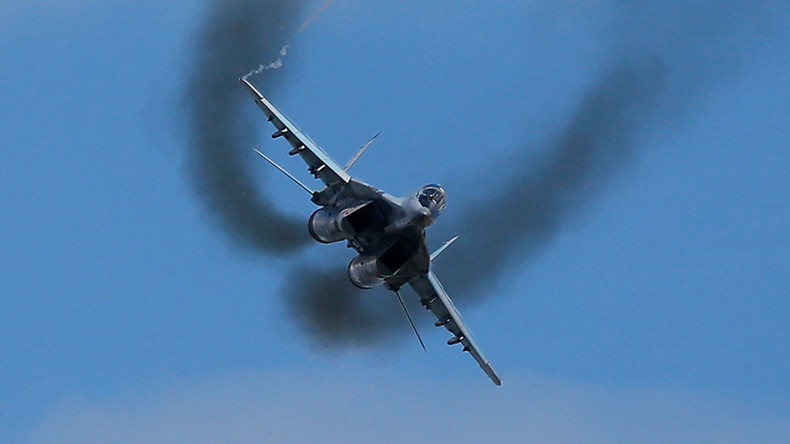 MiG-29 fighter pilot ejects from flaming jet during disastrous take-off (VIDEO)